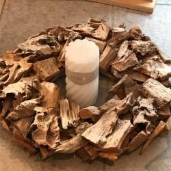 Ghirlanda in legno