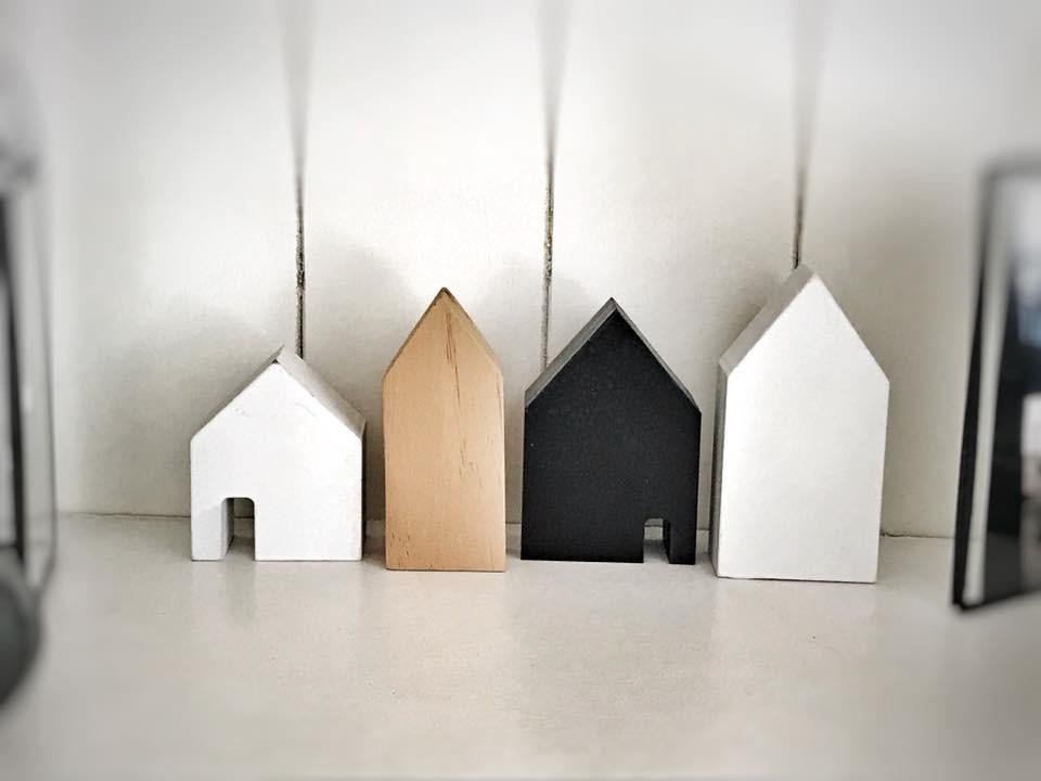 Legno Naturale Bianco : Set di casette in legno naturale bianco nero