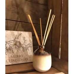 Diffusore a bastoncini in ceramica beige Winter Berry