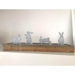 Vassoio in legno con coniglietti