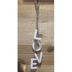 Lettere LOVE da appendere
