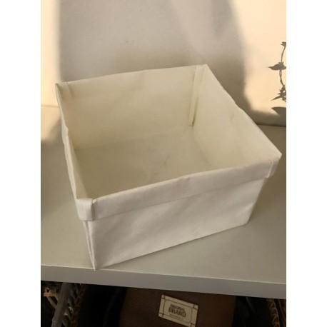 Cestino bianco in carta
